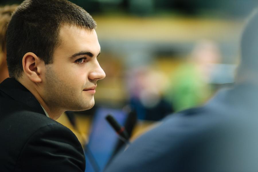 Portrait of Ionut Budisteanu, Intel Science Fair winner at EU Schoolnet in Brussels